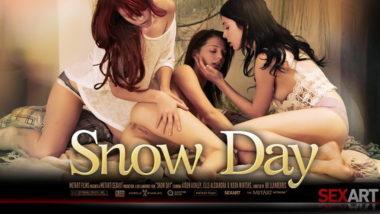 Aiden Ashley, Elle Alexandra, Kiera Winters - Snow Day